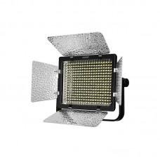 Светодиодный осветитель YongNuo YN320 (3200-5500K)