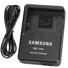 Зарядное устройство Samsung SBC-1030 ДЛЯ BP1130 / BP1030 / ДЛЯ NX200, NX210, NX300, NX500, NX1000, NX1100, NX2000.