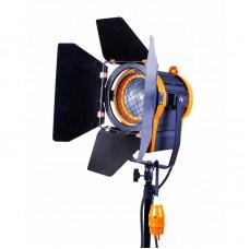 Осветитель GreenBean Fresnel 650 с линзой Френеля