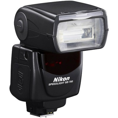 Nikon Speedlight SB-700 вспышка для фотоаппаратов Nikon