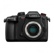 Фотоаппарат со сменной оптикой Panasonic Lumix DC-GH5S Body